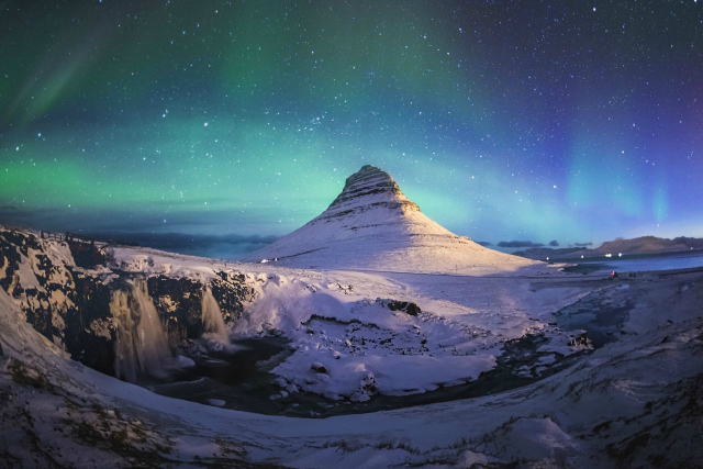 7 Incredible Travel Destinations You Must Add To Your Bucket List  7 Incredible Travel Destinations You Must Add To Your Bucket List mount kirkjufell 1489008887