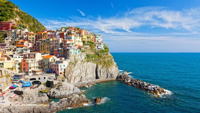 10 Summer Holiday Destinations You Must Visit Pronto  10 Summer Holiday Destinations You Must Visit Pronto 10 Summer Holiday Destinations You Must Visit Pronto cinque terre italy