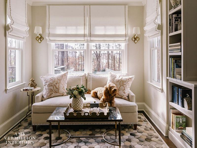 9 Decorating Tips To Steal From Amy Vermillion Interiors For A Chic Living Room Set decorating tips 9 Decorating Tips To Steal From Amy Vermillion Interiors For A Chic Living Room Set 9 Decorating Tips To Steal From Amy Vermillion Interiors For A Chic Living Room Set