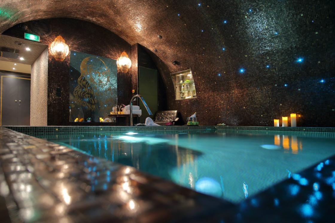 Where To Stay In Paris During Maison et Objet 2017: Da Vinci Hotel