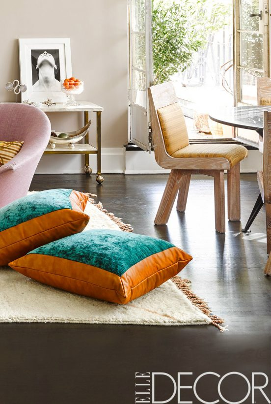 modern rugs modern rugs Modern Rugs that will change your living room set | Elle Decor Tips modernrugs