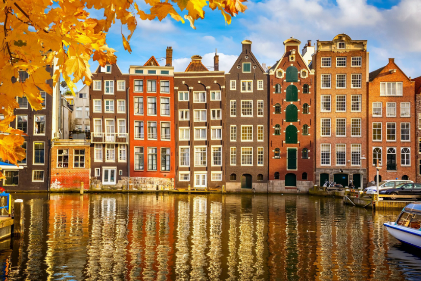 travel 10 amazing countries to travel alone netherlands