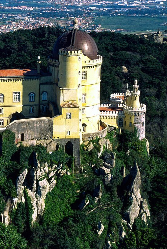 secrets from portugal Secrets from Portugal, a Guide for the Finest Places pena palace 033 16x9 2560x1440 552x820