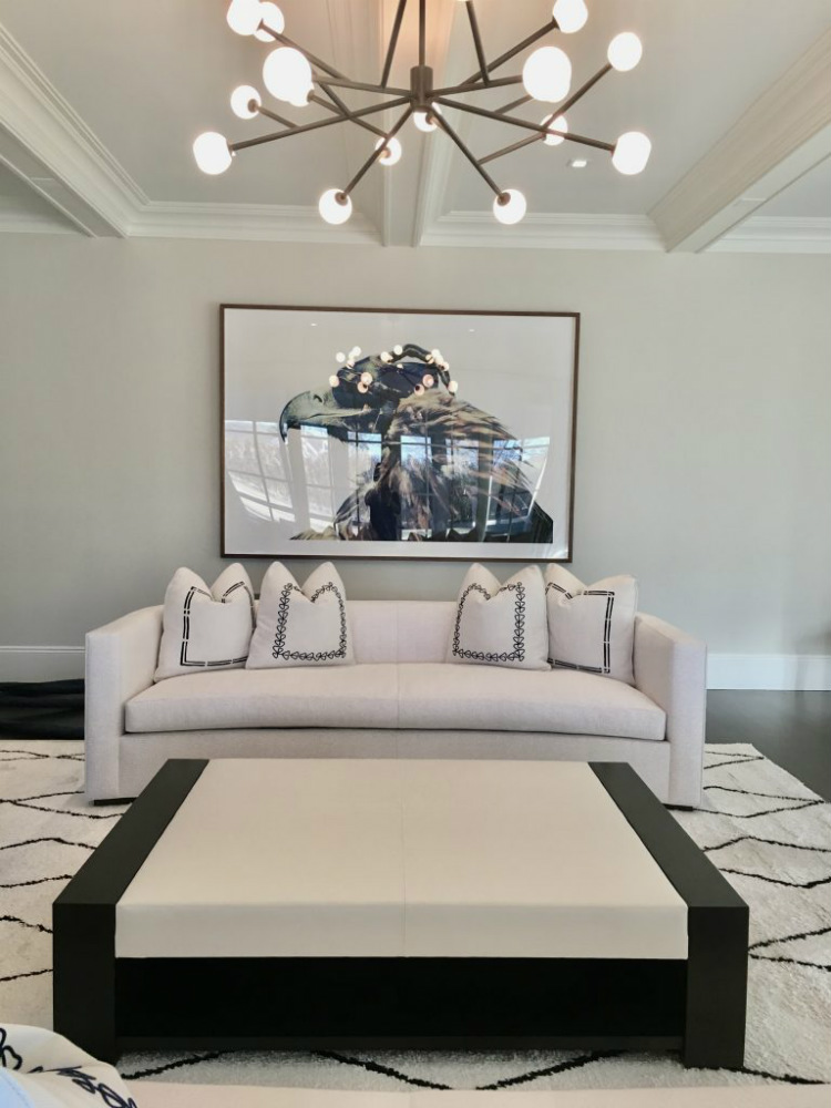 Luxury lives in Mode Interior Designs luxury interior design Luxury Interior Design lives in Mode Interior Designs HAMPTON RESIDENTIAL ART CONSULTANCY AND INTERIOR DESIGN SERVICES Living Room