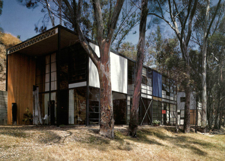 Mid-Century Modern mid-century modern 10 Mid-Century Modern Homes by World Acclaimed Designers Eames House Case Study House No
