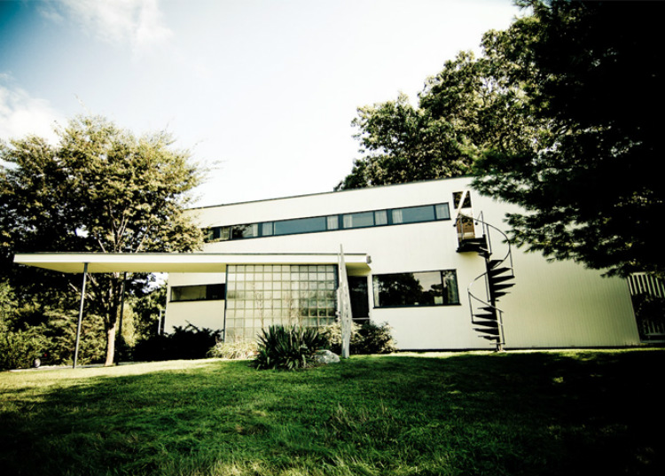 Mid-Century Modern mid-century modern 10 Mid-Century Modern Homes by World Acclaimed Designers Gropius House
