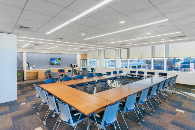 HLW - Hofstra University Zarb School of Business hlw HLW – Question the Norm, Design With Passion, Build What's Next HLW Hofstra University Zarb School of Business