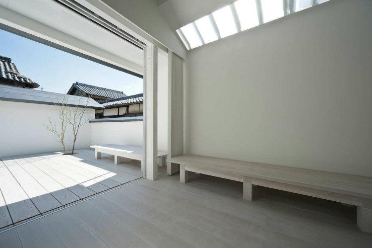 Top Interior Designers Japan - Koichi Futatsumata interior designers japan Top Interior Designers Japan Top Interior Designers Japan Koichi Futatsumata