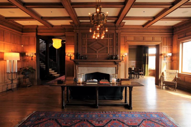 De La Torre Design - One of the Best in New York de la torre design De La Torre Design – One of the Best in New York De La Torre Design One of the Best in New York Tuxedo Park Manor 2