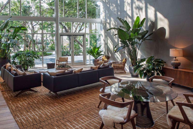 Kravitz Design Creating Interiors with Soulful Elegance and Style kravitz design Kravitz Design: Creating Interiors with Soulful Elegance and Style Kravitz Design Creating Interiors with Soulful Elegance and Style 9