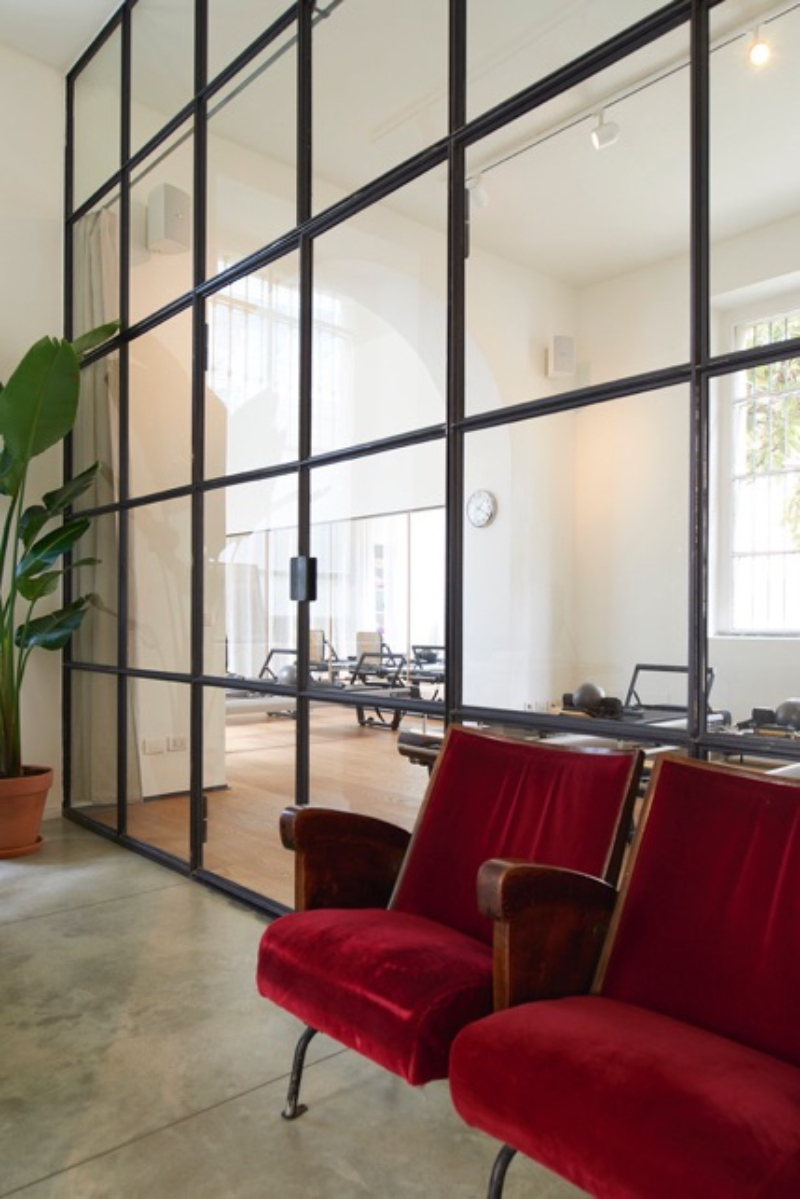 Modern Interior Design by TOMO Architects to be Inspired By tomo architects Modern Interior Design by TOMO Architects to be Inspired By VIALE CRISPI Modern Interior Design by TOMO Architects to be Inspired By