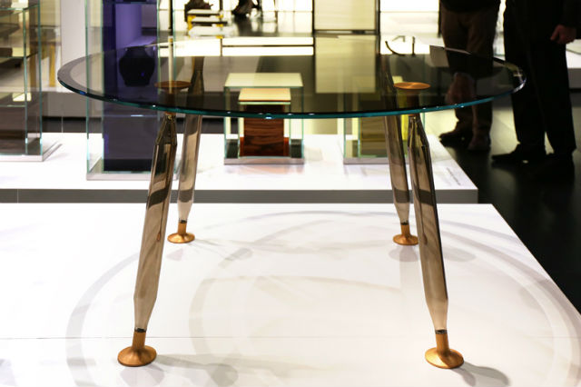 Philippe Starck Launches Lady Hio Colored Dining Tables philippe starckPhilippe Starck Launches Lady Hio Colored Dining TablesPhilippe Starck 7