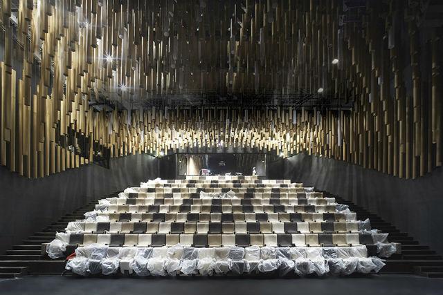 XTU Architects Completed 'La Cité du Vin' In Bordeaux (11) Iconic DesignIconic Design: XTU Architects Completed 'La Cité du Vin' In BordeauxIconic Design XTU Architects Completed La Cit   du Vin In Bordeaux 11