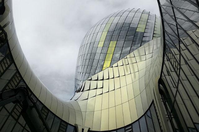 Iconic Design XTU Architects Completed 'La Cité du Vin' In Bordeaux (4) Iconic DesignIconic Design: XTU Architects Completed 'La Cité du Vin' In BordeauxIconic Design XTU Architects Completed La Cit   du Vin In Bordeaux 4