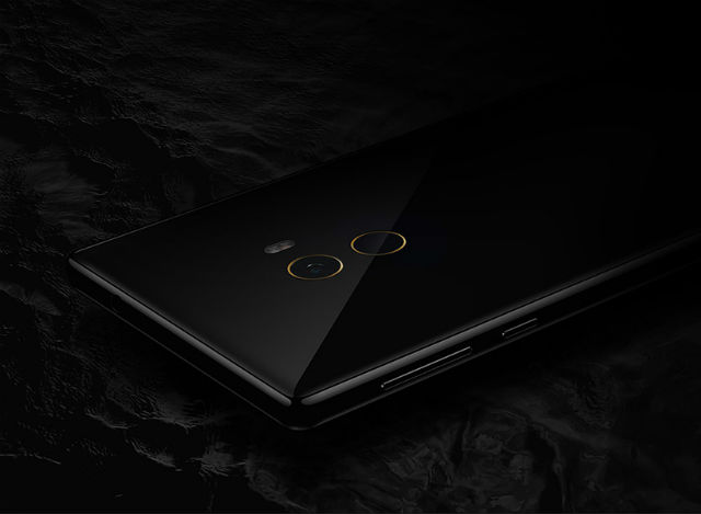 Philippe Starck Designs Display Smartphone For Xiaomi philippe starckPhilippe Starck Designs Display Smartphone For XiaomiPhilippe Starck Designs Display Smartphone For Xiaomi 7