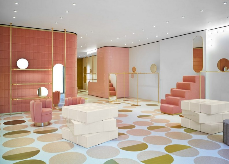 RED Valentino Store 1 red valentino storeRED Valentino Store in London by India Mahdaviredvalentino store pierpaolo piccioli and india mahdavi interior design london dezeen 2364 ss 1 1024x732