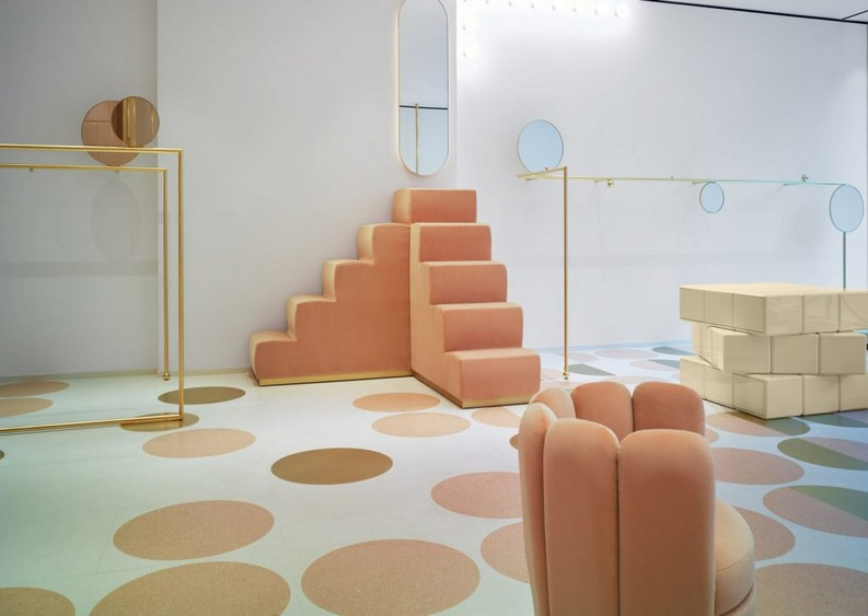 RED Valentino Store red valentino storeRED Valentino Store in London by India Mahdaviredvalentino store pierpaolo piccioli and india mahdavi interior design london dezeen 2364 ss 3 e1475257797687 1024x727