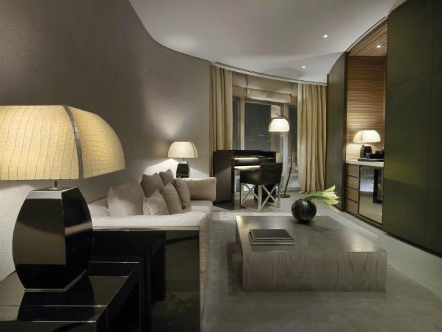 Armani Hotel Dubai Is The World's Most Luxurious Hotel armani hotel dubaiArmani Hotel Dubai Is The World's Most Luxurious HotelArmani Hotel Dubai 28 800x533 1