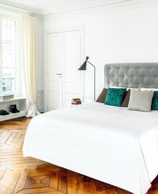 Inside Hilary Swank's New Paris Apartment (4) Hilary SwankInside Hilary Swank's New Paris ApartmentInside Hilary Swanks New Paris Apartment 4