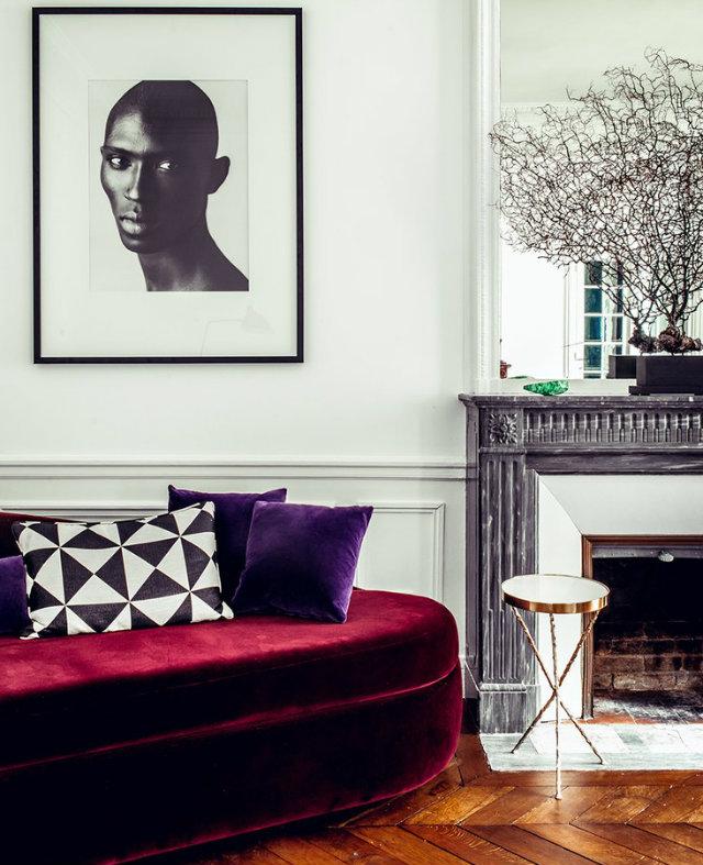 Inside Hilary Swank's New Paris Apartment (5) Hilary SwankInside Hilary Swank's New Paris ApartmentInside Hilary Swanks New Paris Apartment 5