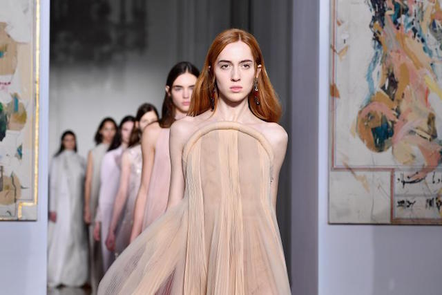 Paris Fashion Week- Highlights of the 2017 show Paris Fashion WeekParis Fashion Week: Highlights of the 2017 Spring showParis Fashion Week Highlights of the 2017 show 1
