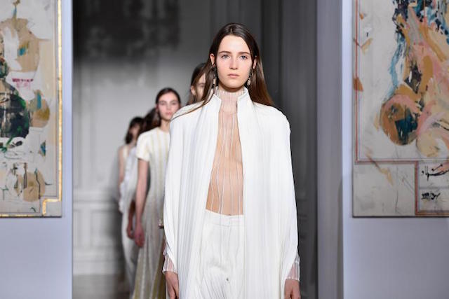 Fashion Week- Highlights of the 2017 show Paris Fashion WeekParis Fashion Week: Highlights of the 2017 Spring showParis Fashion Week Highlights of the 2017 show 2 1