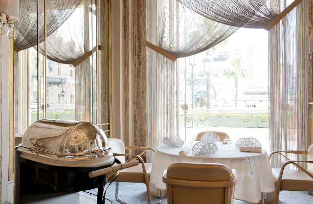 The Stunning Interiors of Alain Ducasse's Restaurant in Monte-Carlo (3)