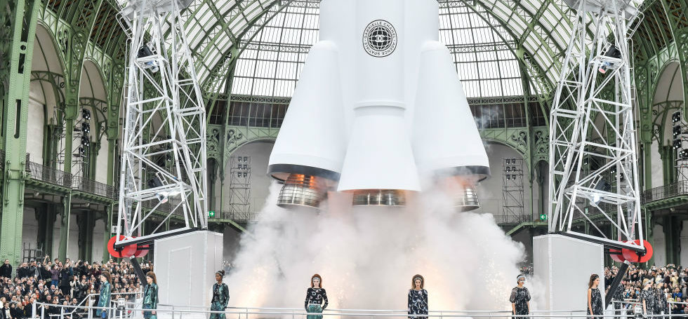 ChanelChanel Launches a Rocket at the Paris Fashion Week 2017Chanel Launches a Rocket at the Paris Fashion Week 2017 2