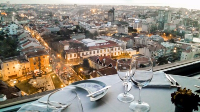 Meet the 2017 Best European Destination: Oporto, the design lover spot | 2017 Best European Destination. Trendy Places. Best Travel Destinations. #2017besteuropeandestination #trendyplaces #luxuryrestaurants >>> Get to know more exciting news: https://goo.gl/41wroP Meet the 2017 Best European Destination: Oporto, the design lover spotportucale entardecer c6981