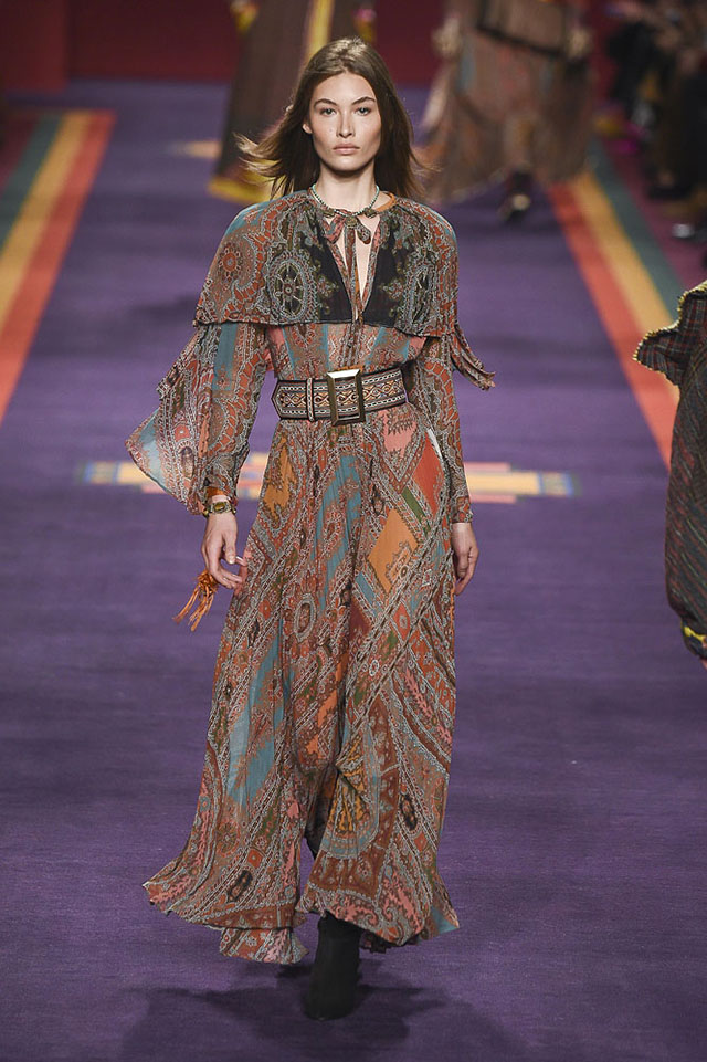 Milan Fashion Week: Trends That You'll Want to Wear in Fall 2018 milan fashion weekMilan Fashion Week: Trends That You'll Want to Wear in Fall 2018Etro