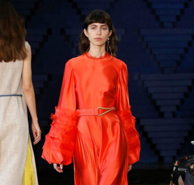 London Fashion Week Spring 2018: The Unexpected Top Colors London Fashion WeekLondon Fashion Week Spring 2018: The Unexpected Top ColorsRoksanda Cherry Tomato