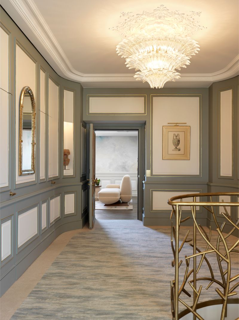 projectHotel Le Meurice: an authentic dream project by Lally & BergerBelle Etoile Suite at Hotel Le Meurice an authentic dream design by Lally Berger