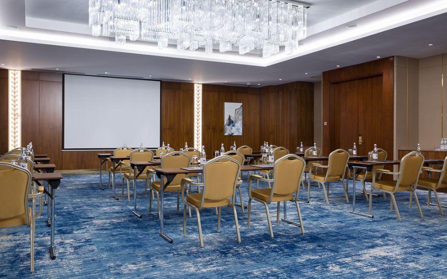 Hilton Hotel: The Reflection of Cultural Heritage hilton hotelHilton Hotel: The Reflection of Cultural HeritageHilton Hotel The Mesmerising Hidden Gem in Astana Kazakhstan 10 1