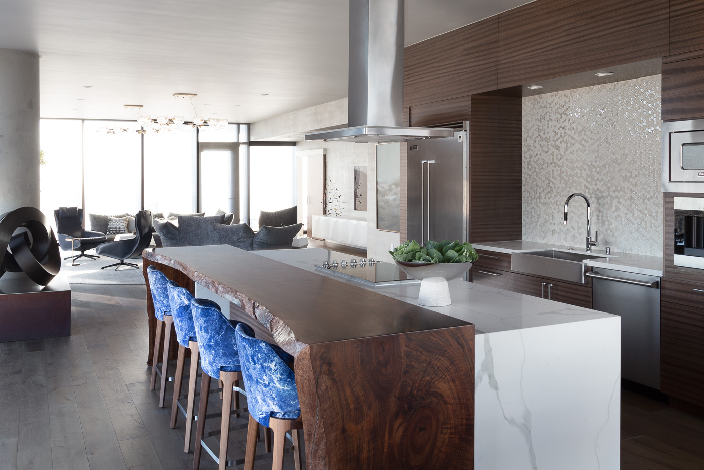 Contemporary Penthouse in California by Benning Design Constructions